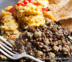 Eggs With Fragrant Lentils And Pita