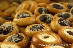 Yeast Cakes - Kolače