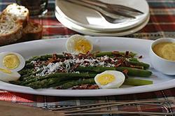 Salada de Aspargos Com Presunto e Ovos Cozidos