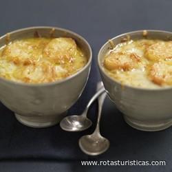 Onion Soup With Pyrenees Cheese (gratinée à la Tomme Des Pyrénées)