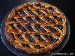 Prune And Raisin Tart (tarte Aux Pruneaux et Raisins Secs)