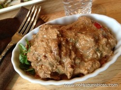 Katmis Satsivi Chicken in Walnut Sauce