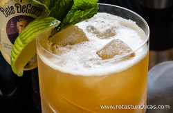 Spiced Rum And Grapefruit Drink