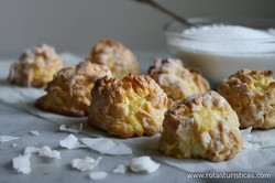 Coconut Milk Caramel Balls (shuku Shuku)