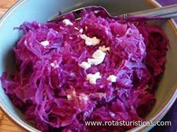 Braised Sweet And Sour Purple Cabbage