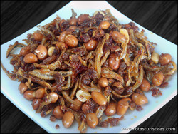 Fried Ikan Bilis And Peanuts