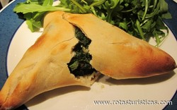 Spinach And Feta Fatayer