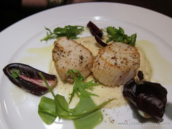 Scallops With Seaweed Butter