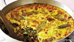 Spiced Minced Meat With Savoury Custard Topping (bobotie)
